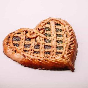 Пирог в форме сердца
