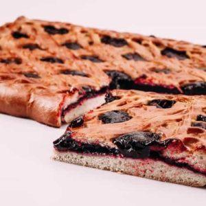 Пирог с лесными ягодами