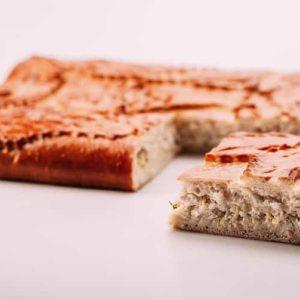 Пирог с треской и сыром